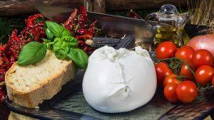mozzarella di bufala dop in offerta su itinerari della campania
