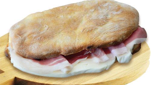 Il saltimbocca originale si può mangiare solo all'Oasi del Saltimbocca a Vico Equense