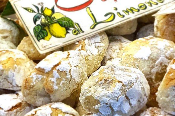 Caprilù al limone dolce esclusivo della gelateria Buonocore a Capri