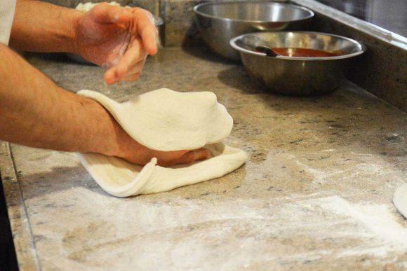 impasto leggero e altamente digeribile ottenuto dalla farina petra. La pizza risulta così buona e digeribile