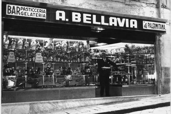 Pasticceria Bellavia al Vomero dal 1925